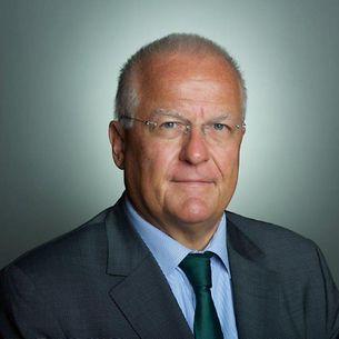 H.E. Peter Fahrenholtz